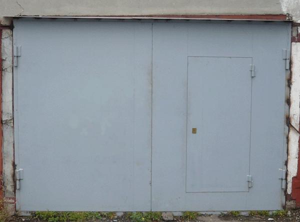 входные двери гаражного типа